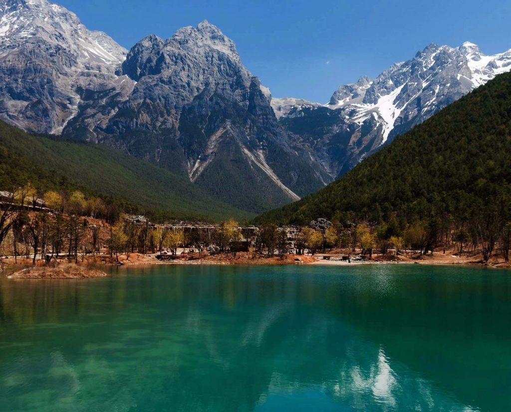 EducationToursStudentTravelsSchoolTrips-Lijiang_Yunnan_China-View-of-Jade-Dragon-Mountain-china trek tiger leaping gorge