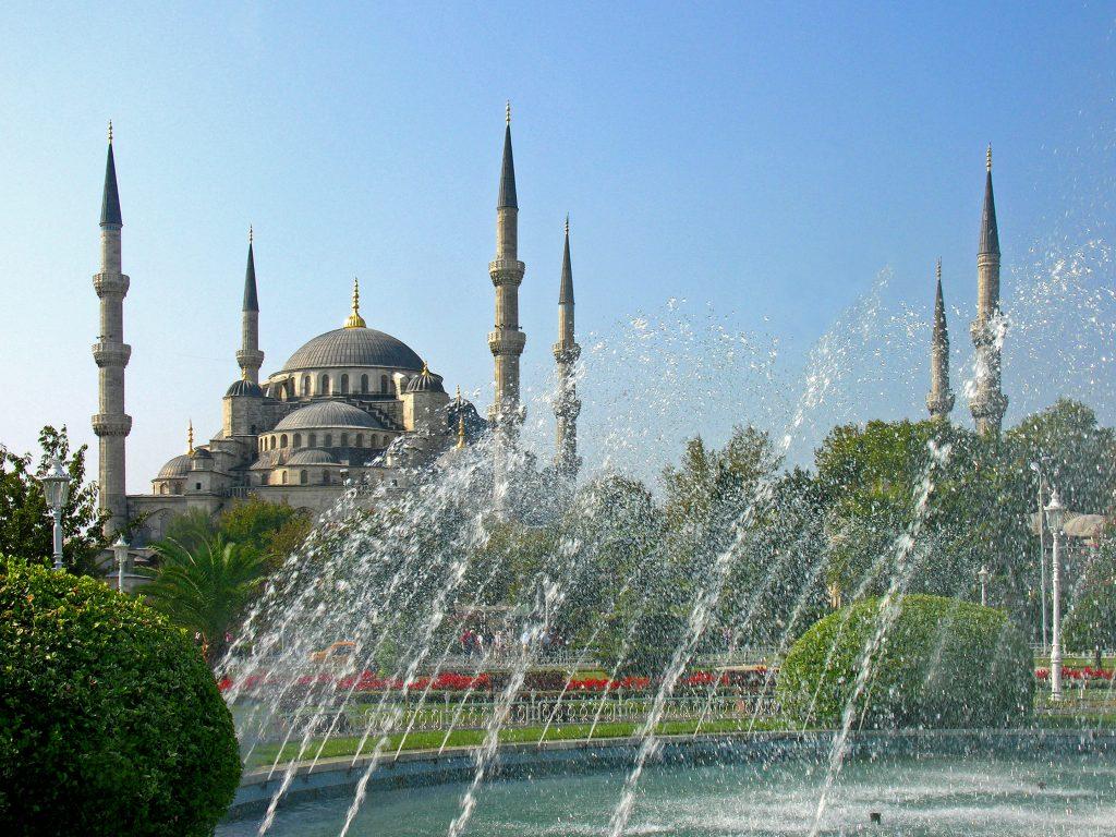 Turkey-3024_-_Blue_Mosque_(2217253588)