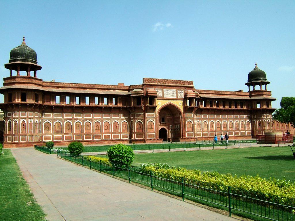 Uttar-Pradesh-Agra-Agra-Fort-Jahangiri-mahal-Apr-2004-00